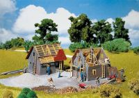 130246 Faller Kleines Haus im Bau  строящийся домик